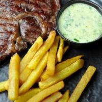 Steak | Pommes Frites | Sauce Béarnaise